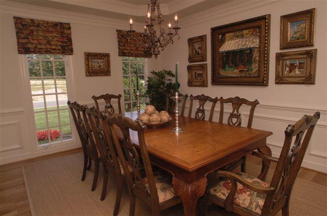 club villas Belcroft dining room